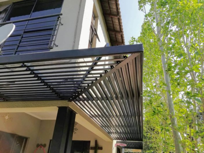 70Z Sun Louvres wrap around a house corner in Morningside