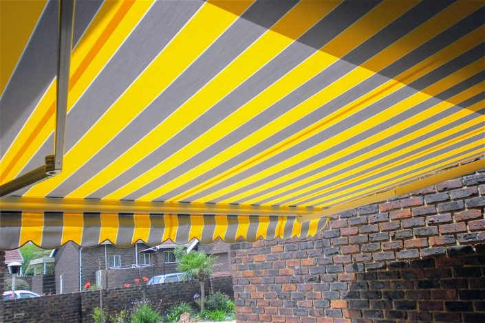 Benefits of Fold Arm Awnings