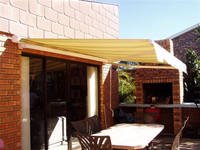 Do you need Planning Permission for Awnings? This is an unclear issue and it is best to check with your local council to check and see if approval is required. Each council has their own set of rules and vary from one to another. If plans need to be drawn up they must be submitted to the council for approval. And, if you live in a Homeowners' Association or Body Corporate complex, their approval is sometimes also needed to set up an awning on your property. Awning Warehouse can assist with the drawing and submission of plans if required.