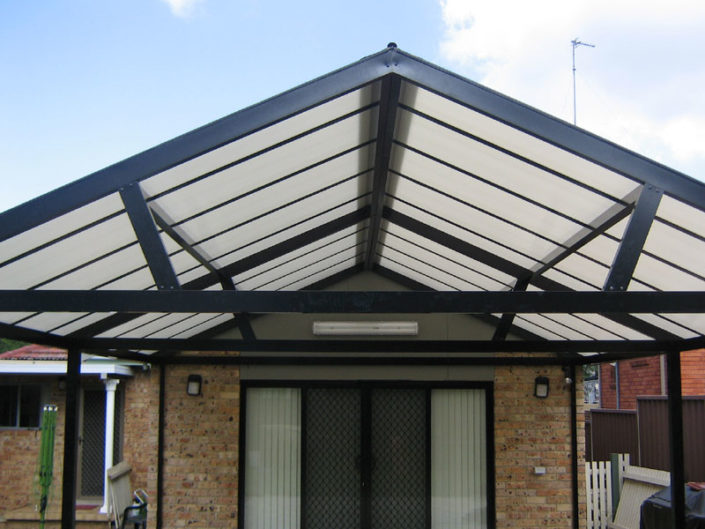 Multiwall Polycarbonate Patios cost effective and clean easy. This image was edited and uploaded by Awning Warehouse based in Randburg Johannesburg - Best for Awnings and any type of Awning. Awning Lifestyle in South Africa
