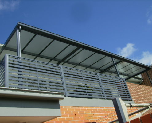 Multiwall Patios - Polycarbonate sheeting is an ideal roofing product for patios and all outdoor entertainment areas. This image was edited and uploaded by Awning Warehouse based in Randburg Johannesburg - Best for Awnings and any type of Awning. Awning Lifestyle in South Africa