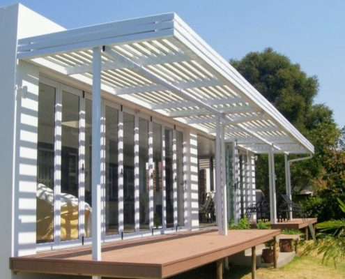 adjustable aluminum louvre awning OVER DECK