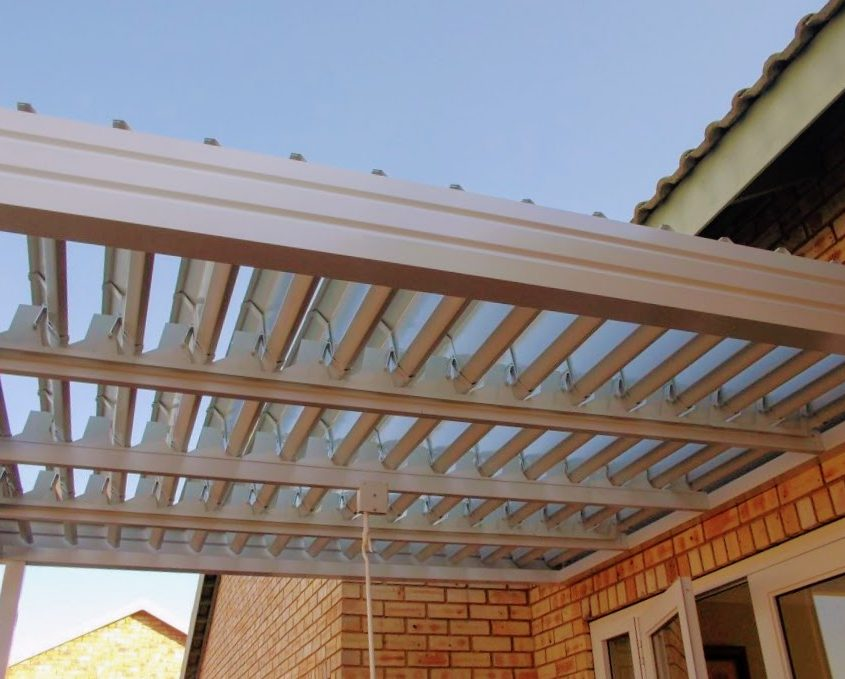 adjustable aluminum louvre awning small patio
