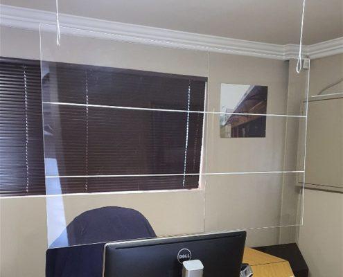 Hanging Sneeze Screen