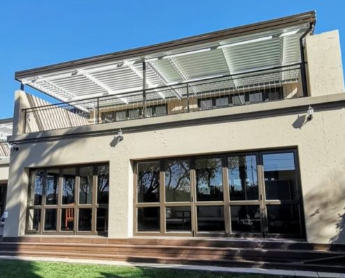 adjustable aluminum louvre awnings-patio to let the sun in